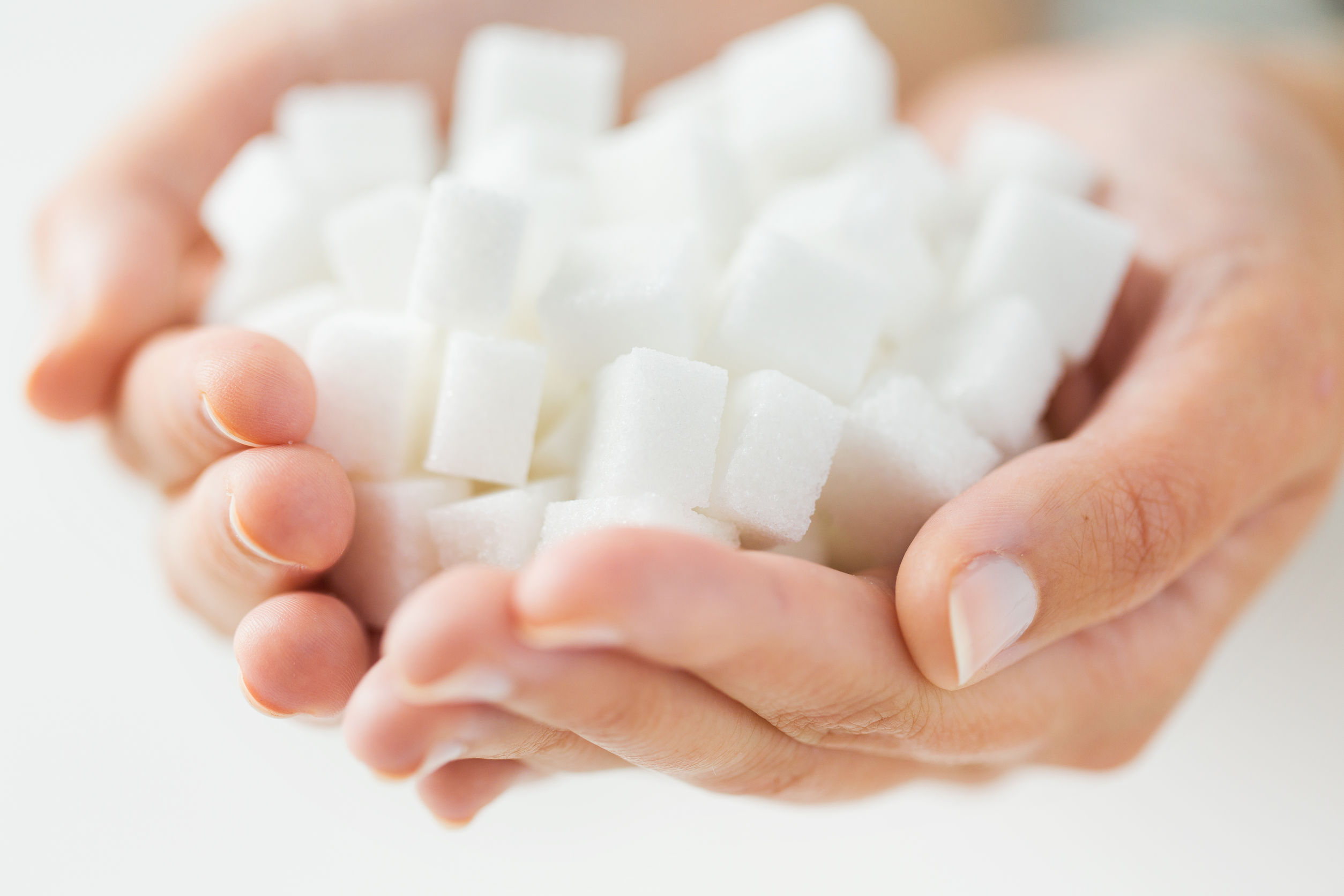 Mi okozza az elhízást, a zsír vagy a cukor?