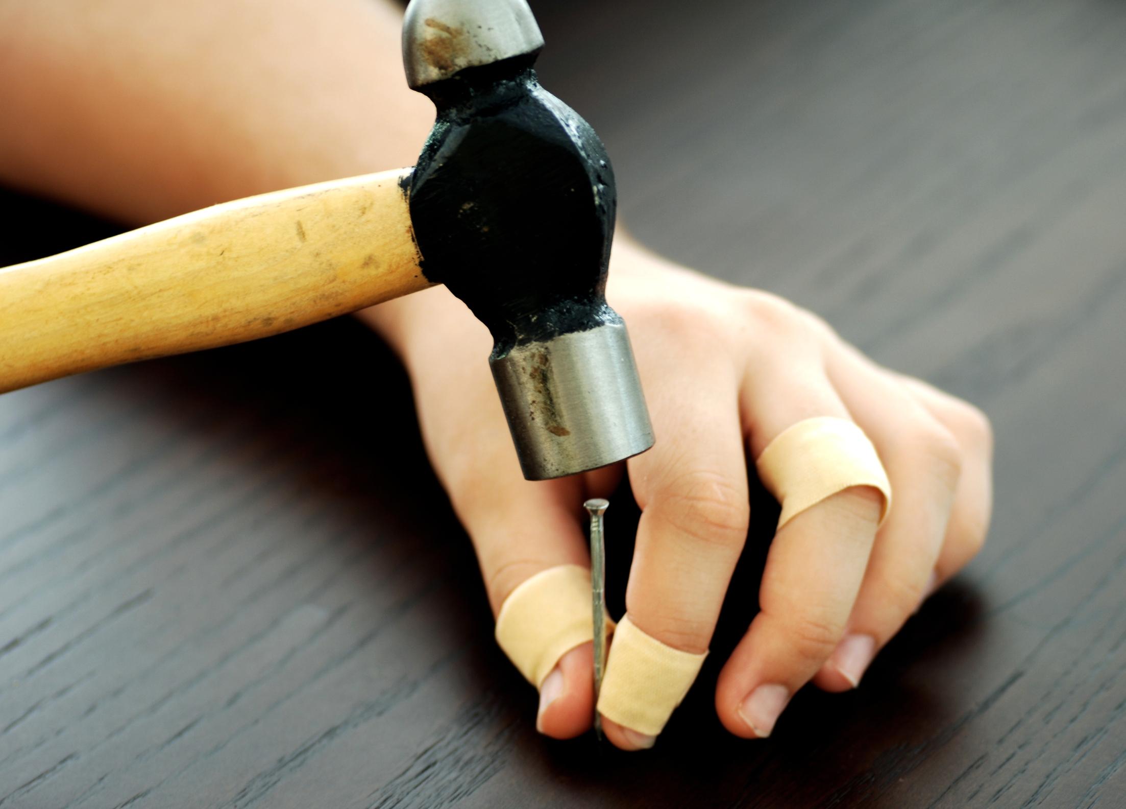 Elsősegélynyújtási ismeretek: A háztartási balesetek I. rész