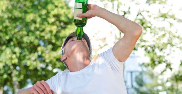 Nagyobb az erős alkoholfogyasztás kockázata