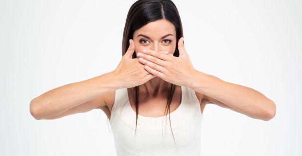 Kellemetlen, égető és csúnya: a herpesz