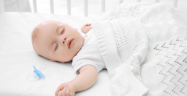 30 éve lefagyasztott embrióból született