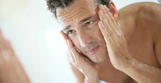 A férfiak bőre később öregszik