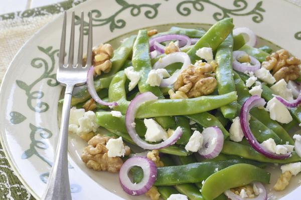 Kecskesajtos zöldbabsaláta - Egészségséfünk receptje