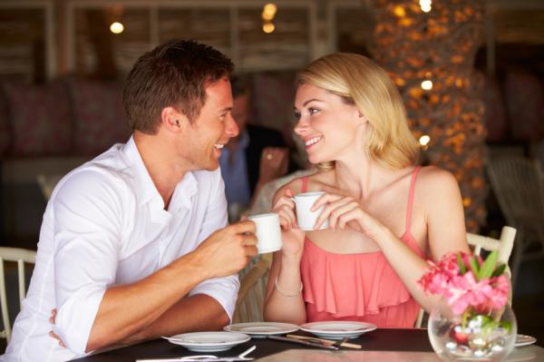Az 8 legjobb első randis kérdés férfiaktól