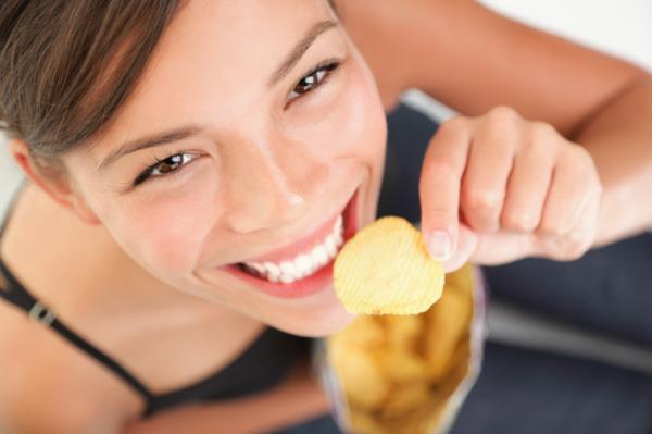 Ezért nem tudjuk abbahagyni a chips evést