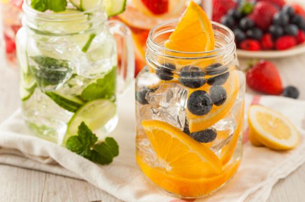 Hűsöljünk ízesített vízzel! Receptek