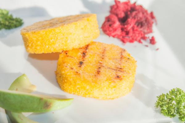 Fokhagymás, zöldfűszeres polenta - Egészségséf