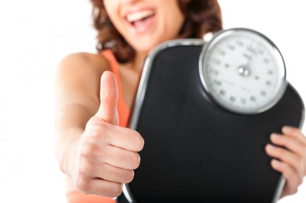 A testsúlyváltozás befolyásolja a pajzsmirigykezelést