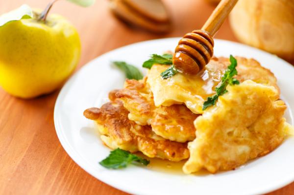 Fahéjas almatócsni mézzel
