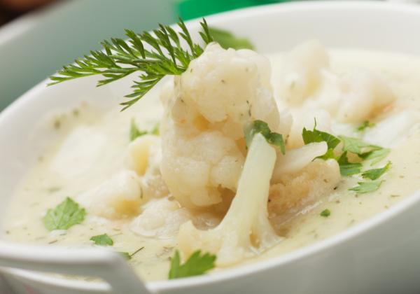 Tárkonyos karfiolleves - Egészségséfünk receptje