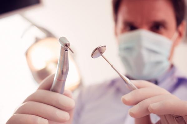 Teljes körű fogászati ellátás mozgáskorlátozottaknak