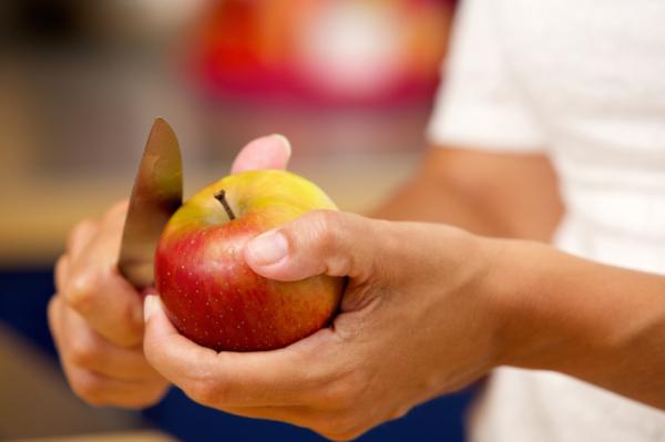 Miért ne egyen almát, ha allergiás a nyírfapollenre?
