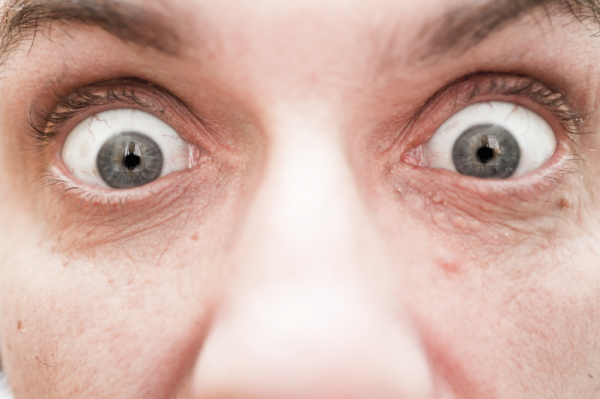 Erről árulkodnak a kidülledő szemek