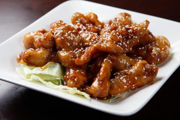 Szezámmagos kínai csirkemell - Egészségséf