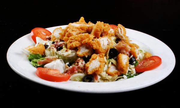 Rántott húsos saláta - Egészségséf