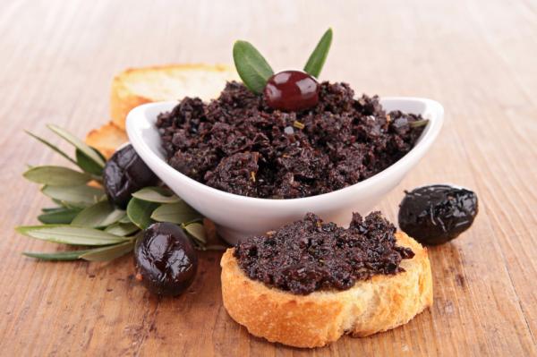 Fekete olívabogyó krém pirítóssal - Egészségséf