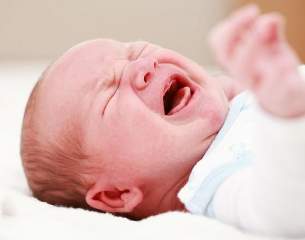 Mit tegyünk a hasfájós csecsemővel?