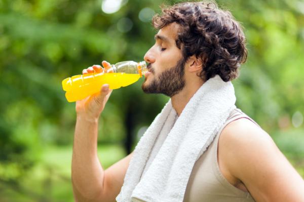 Így hidratálj futás közben!