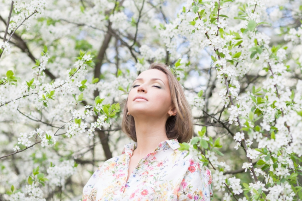 Húszféle allergén növény szórja pollenjeit