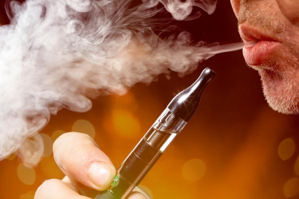 Az e-cigi mégis jobb