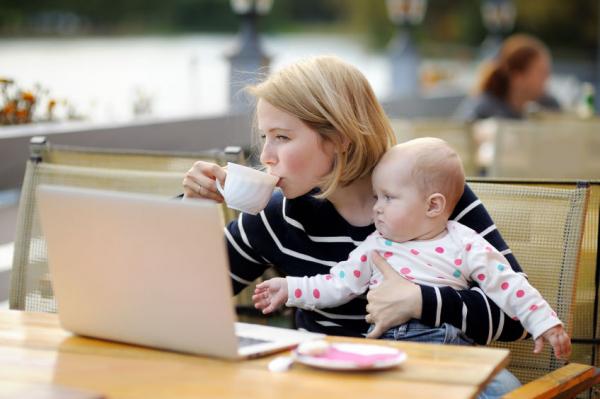 Egyre többen dolgoznak baba mellett