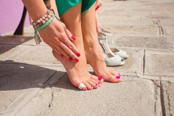Az egészséges sarok centiméterekben