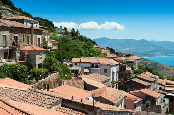 300-nál is több százéves ember él az olasz szigeten