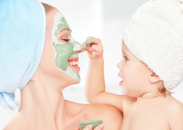 Szépségtippek kisgyerekes édesanyáknak