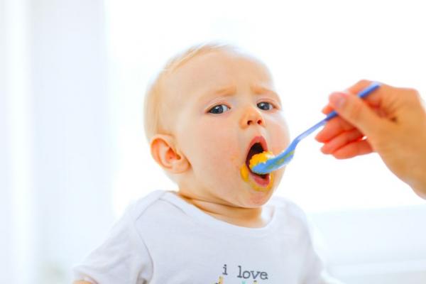 Túl korán adunk cukrot a gyerekeinknek