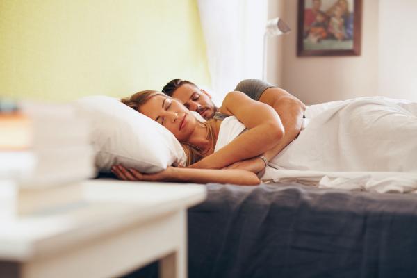 Nyugodtabb leszel, ha együtt alszotok!