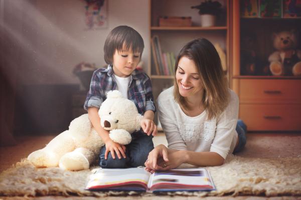 Egyszer volt, hol nem volt, avagy miért mesélj a gyermekednek minden nap?