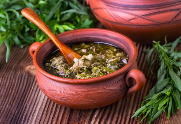 Egészségséf: Tejszínes-tárkonyos leves
