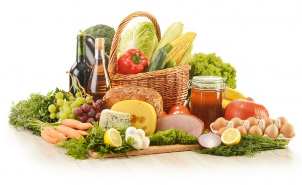 Átfogó vizsgálat kezdődött az eltérő minőségben forgalmazott élelmiszerek miatt