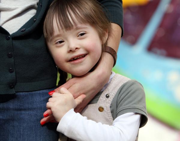 Down-szindrómásoknak kifejlesztett új készítmény reményt nyújthat Alzheimer-kórban szenvedőkenk