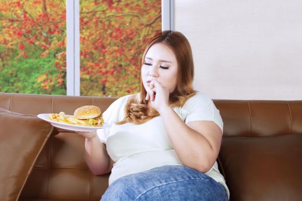A túlsúlyos nőknél nagyobb a mellrák esélye