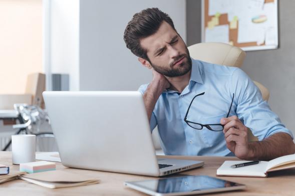 Mi okozhatja a nyakmerevséget?