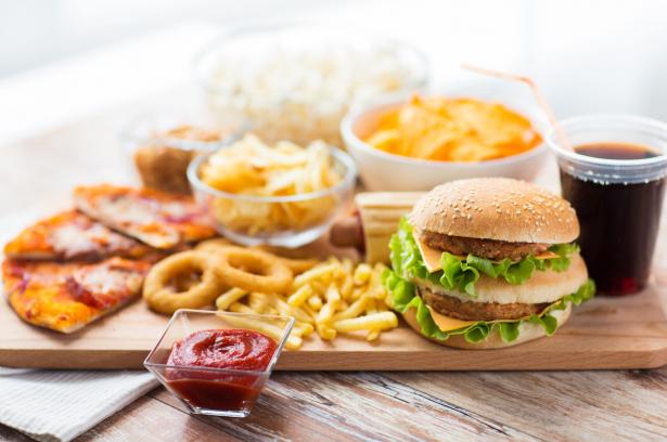 Agresszív immunrendszer - egészségtelen ételek