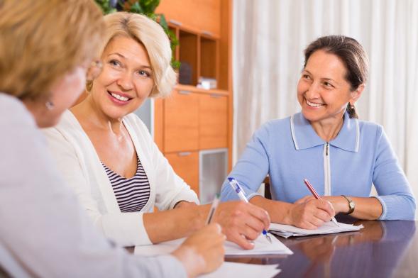 A korai menzesz és menopauza növeli a rizikófaktort