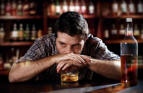 Az alkohol az elbutulás kockázati tényezője