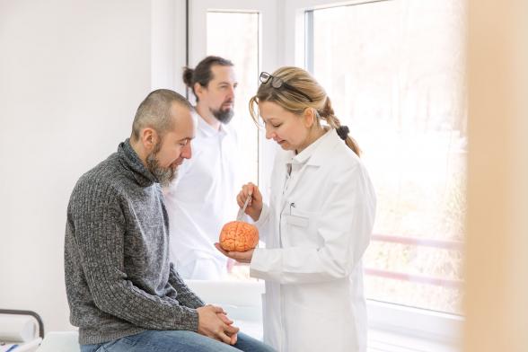 Őssejtterápia javíthatja a szklerózis multiplexet