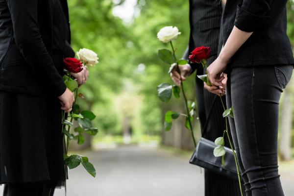 L.L. Juniorék tragédiája - A gyász fázisai