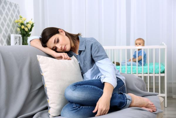 Ez okozhatja a szülés utáni depressziót