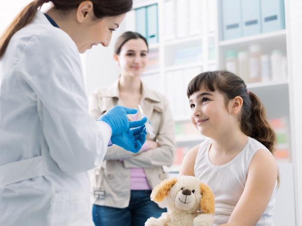 Védőoltások: több millió gyermekek élete megmenthető