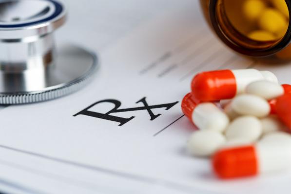 Megmarad az egyszerűsített gyógyszerkiadás