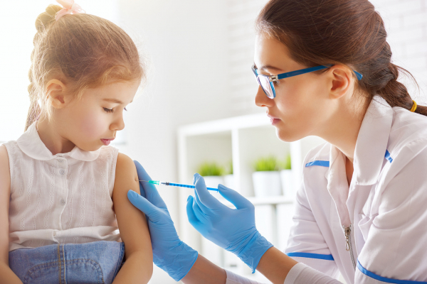 A gyerekeknél is fontos az influenza elleni oltás