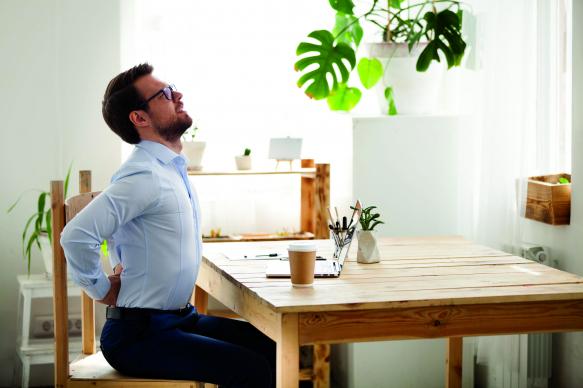Home office a gép előtt? Hasznos tippek derékfájás ellen
