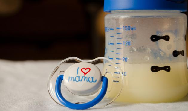 Az anyatej lökést ad a baba immunrendszerének