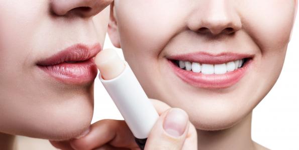 Cserepes ajkak nyáron: ekcéma tünet?