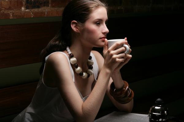 Gőzölgő kávé, illatos tea - a koffeinről
