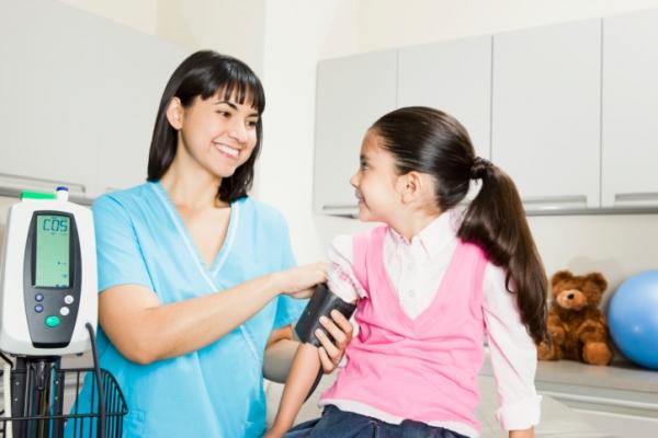Mérni kell a gyerekek vérnyomását is!